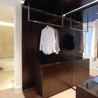 дизайн гардеробной между спальней и ванной