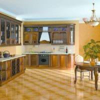 идея яркого интерьера кухни в классическом стиле картинка
