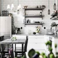 вариант яркого декора квартиры в скандинавском стиле картинка