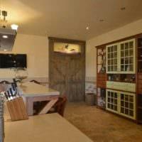 вариант светлого интерьера кухни в деревенском стиле картинка