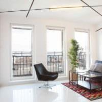 идея яркого интерьера квартиры студии 26 квадратных метров фото