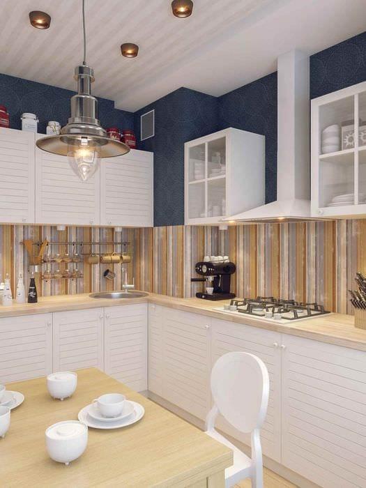 пример яркого дизайна кухни 7 кв.м