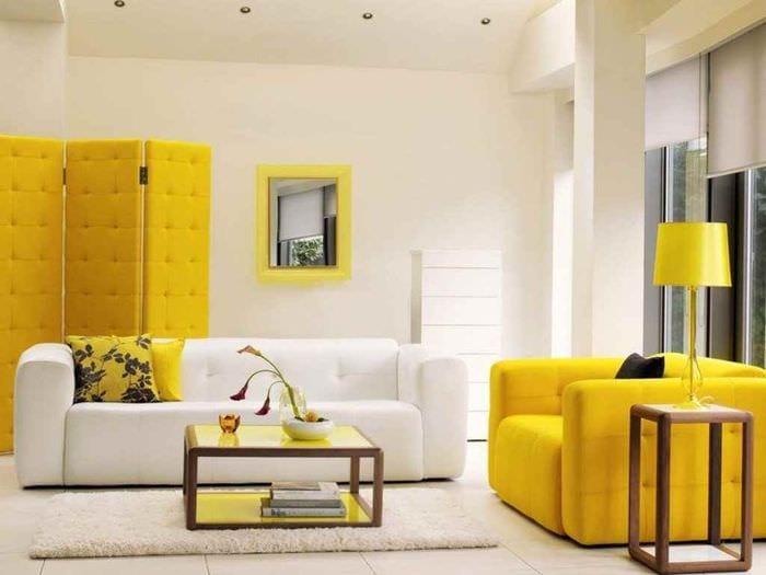 идея применения светлого желтого цвета в декоре квартиры