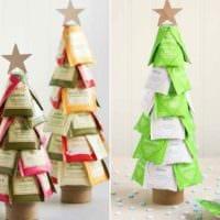 пример создания светлой елки из картона своими руками фото
