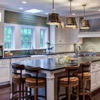 пример необычного дизайна кухни в классическом стиле фото