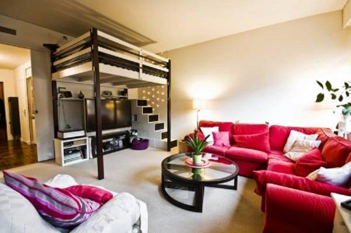 кровать чердак и диван