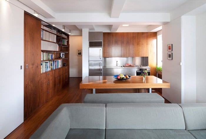 кухня и гостиная в квартире студии