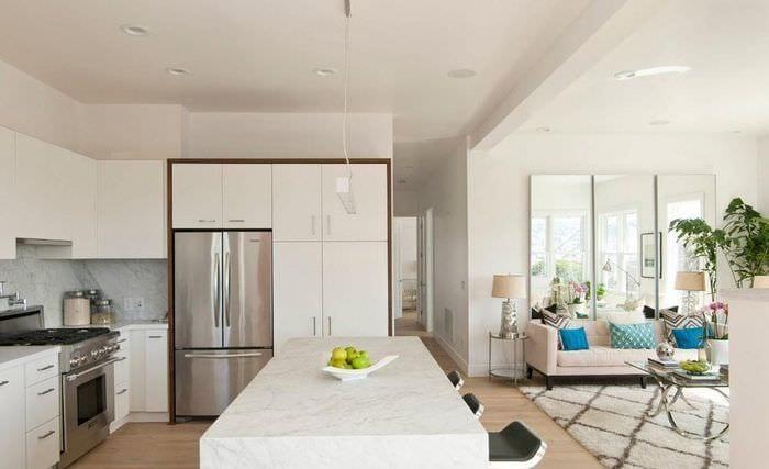 светлая кухня столовая гостиная