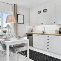кухня 5 кв метров белая