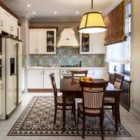 кухня с вентиляционным коробом классическая