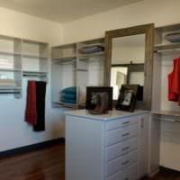 дизайн гардеробной с мебелью