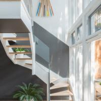 оригинальный дизайн лестницы в доме