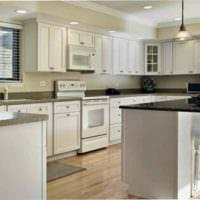 идея красивого интерьера кухни в классическом стиле картинка