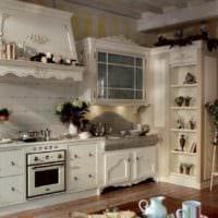 вариант светлого декора кухни в деревенском стиле фото