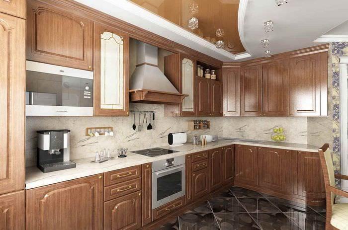 пример яркого дизайна кухни в классическом стиле