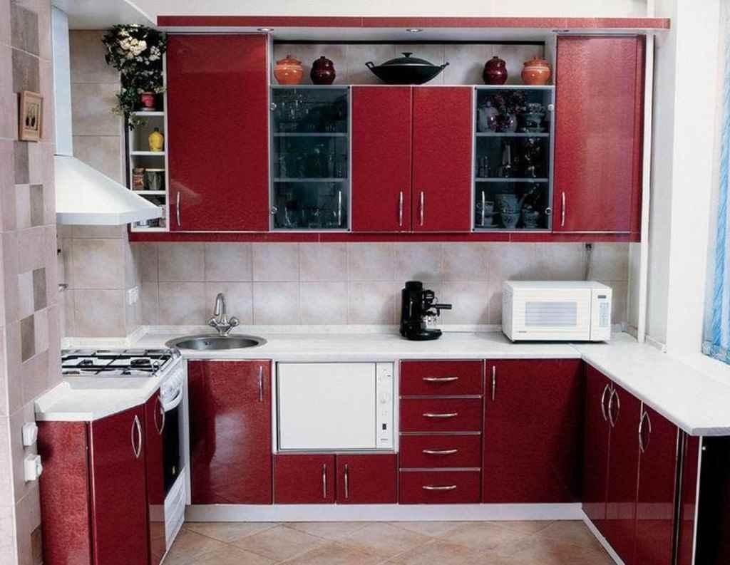 вариант светлого стиля кухни 13 кв.м