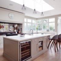 стильная кухня столовая гостиная в частном доме