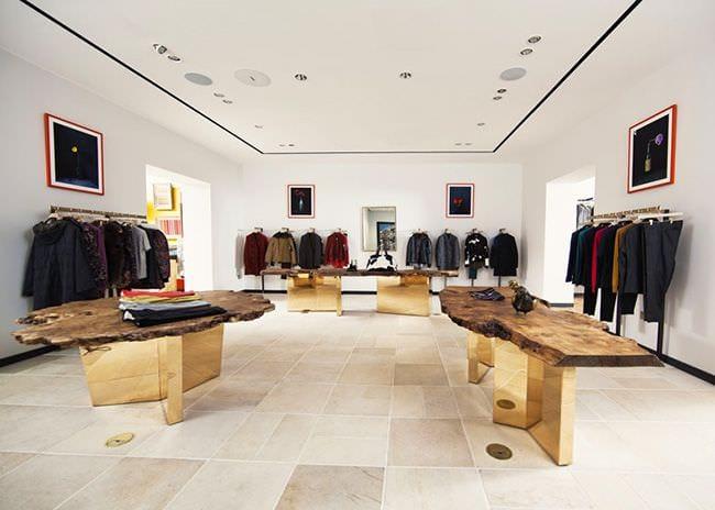 стильный дизайн магазина одежды