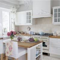 светлый дизайн кухня прованс
