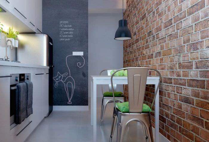 узкая кухня 3 кв м
