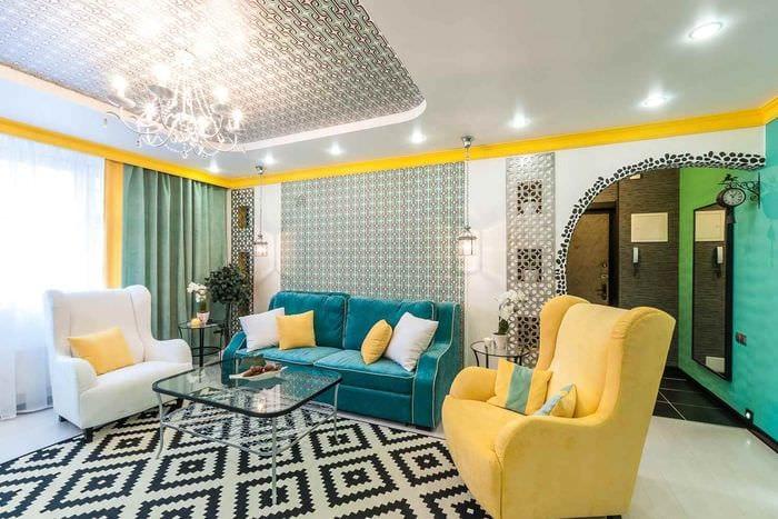 вариант использования красивого желтого цвета в декоре комнаты