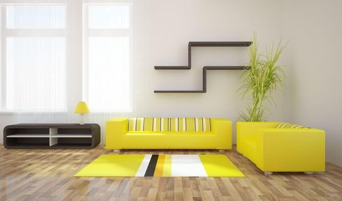 ярко желтые обои в интерьере всего