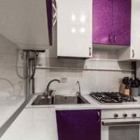 идея необычного стиля кухни с газовой колонкой фото