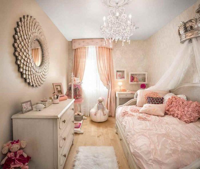 пример светлого дизайна детской комнаты для девочки