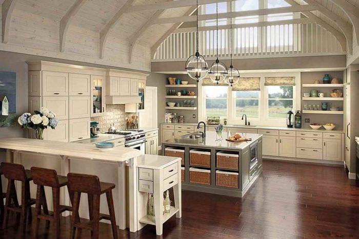 вариант яркого стиля кухни в деревенском стиле