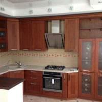 пример необычного стиля кухни с газовой колонкой картинка