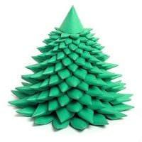 пример создания яркой елки из картона самостоятельно фото