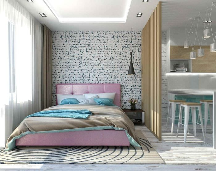 пример светлого интерьера квартиры студии 26 квадратных метров