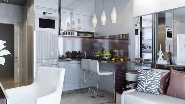 пример яркого стиля студии 20 кв.м.