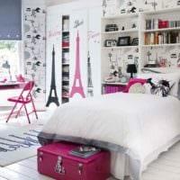 пример светлого декора детской комнаты для девочки фото