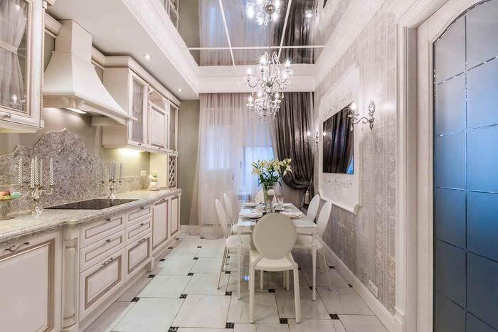 идея яркого стиля кухни в классическом стиле