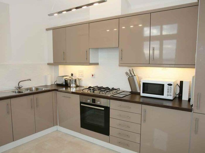 вариант красивого интерьера кухни 12 кв.м