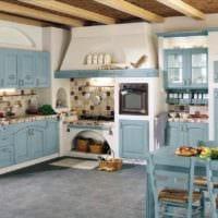 пример красивого декора кухни в деревенском стиле фото
