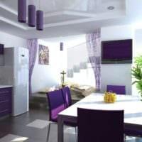 дизайн кухни с окном в сиреневом цвете