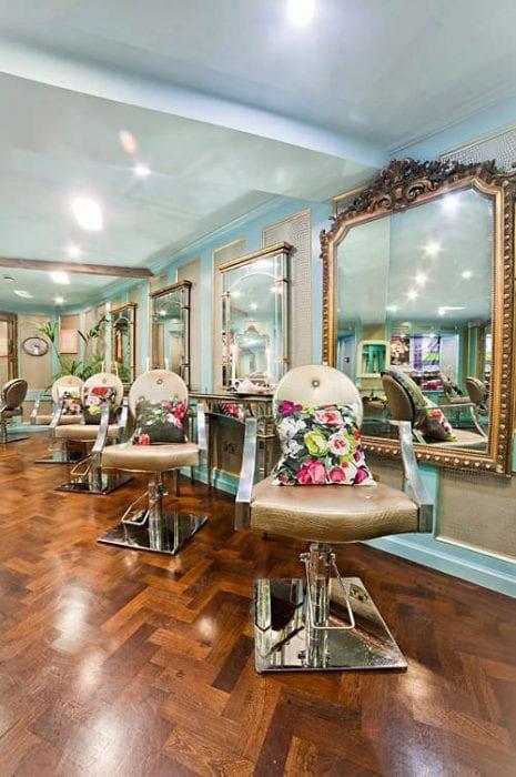 красивый декор салона красоты