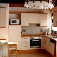 кружевная люстра на кухне