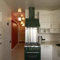 вариант размещения мебели на кухне