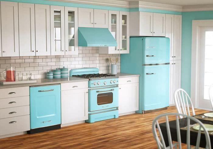кухонный гарнитур с вытяжкой