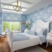 дизайн маленькой спальни в бело голубых тонах