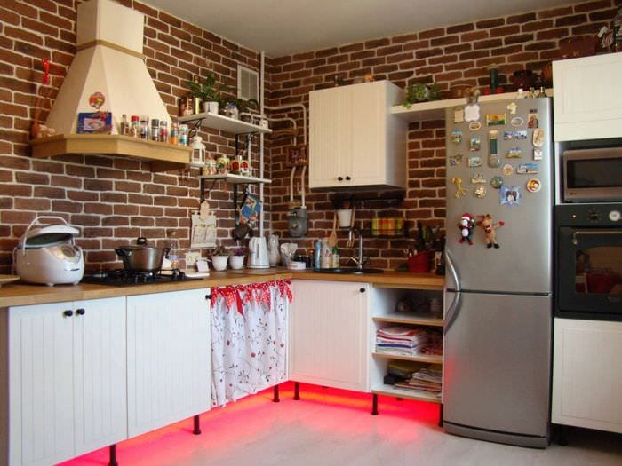 кухня без верхних шкафов в стиле лофт