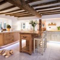 кухня в стиле кантри планировка