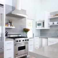 плитка на кухне светлый дизайн