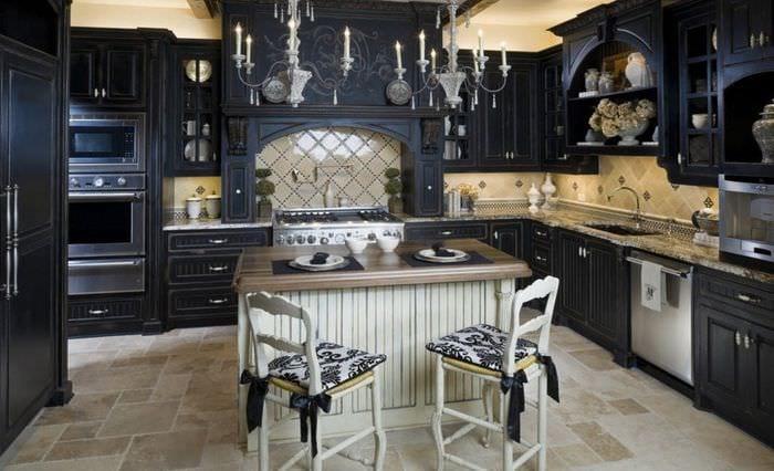 плитка на полу на кухне