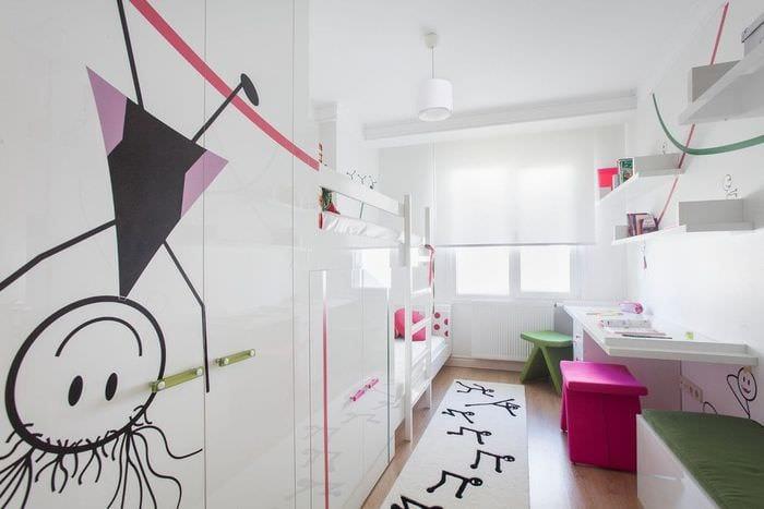 детская комната прямоугольной формы