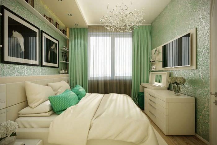 отделка обоями в спальне 10 кв м
