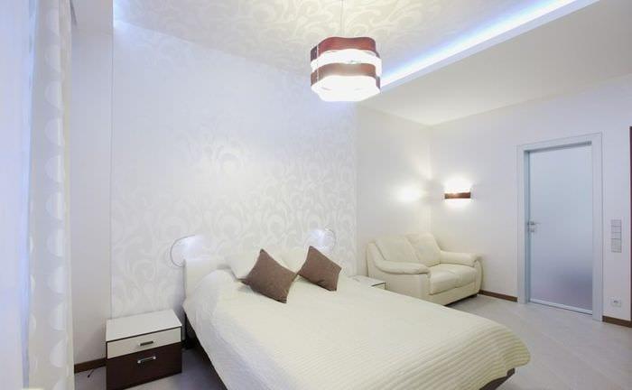 спальня 15 кв м в белых тонах